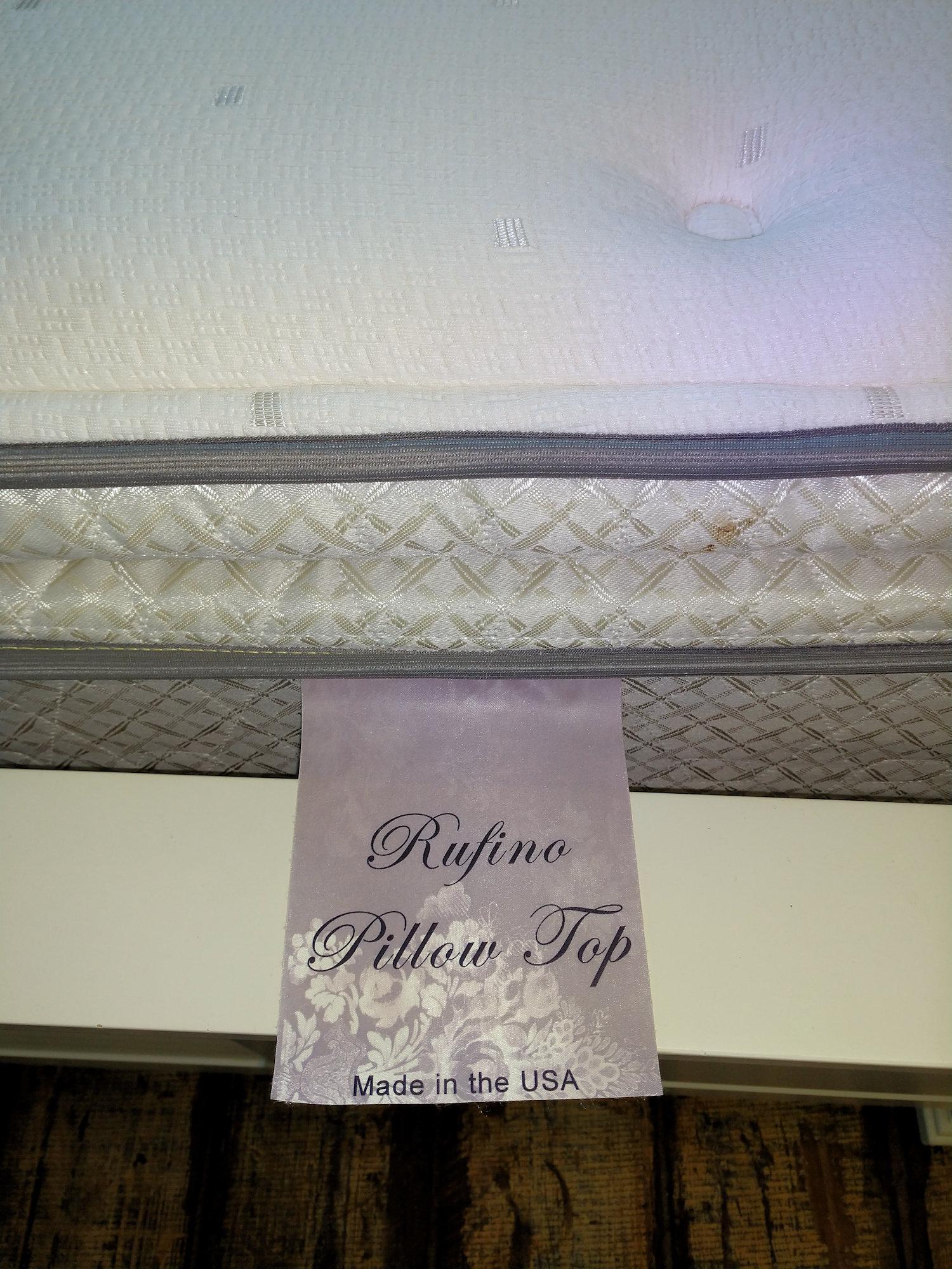 BR0100-K-Rufino-Pillowtopset