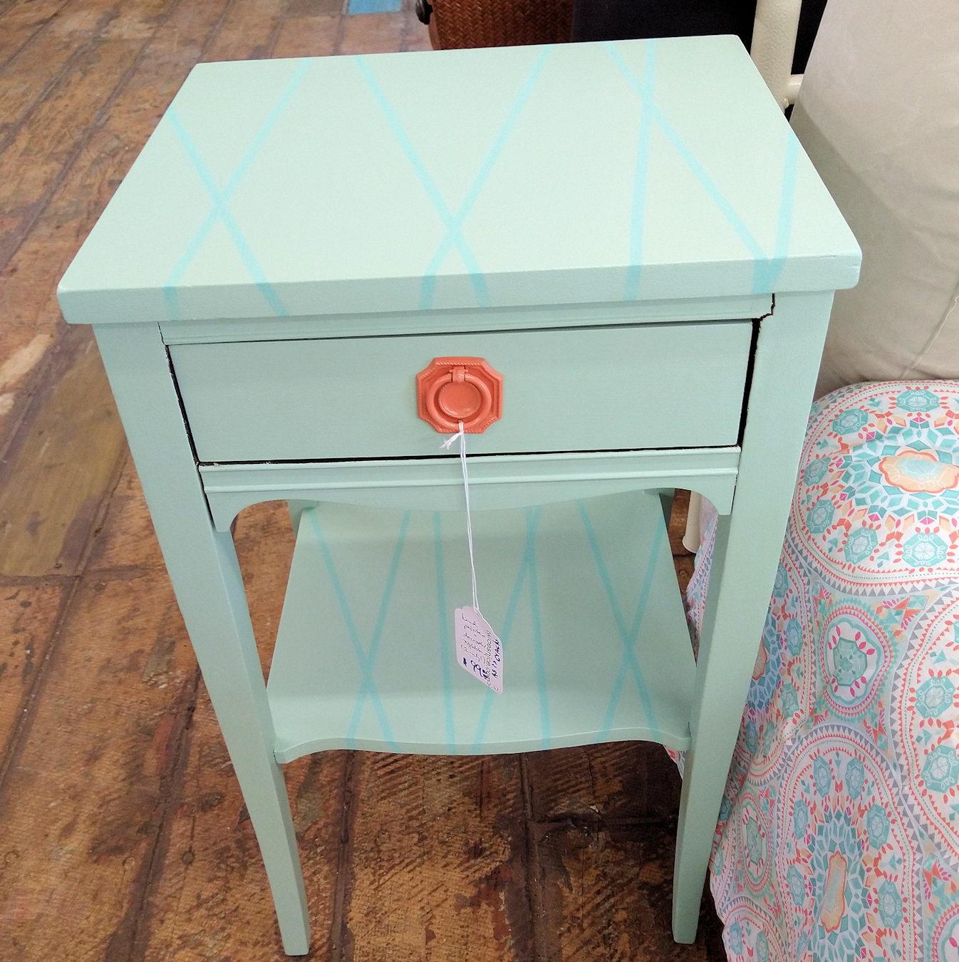 BR0148-Nightstand-painted
