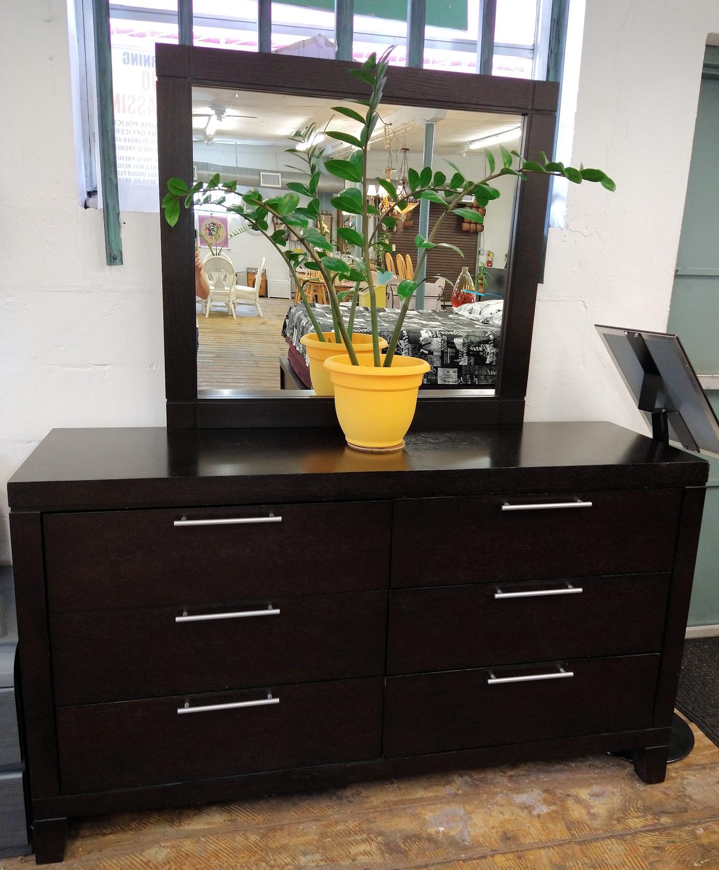 BR0187-Casana-Dresser-mirror