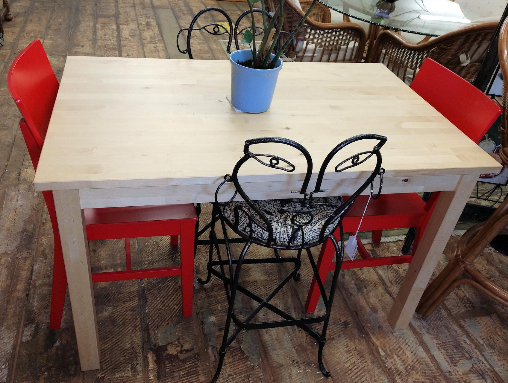 DR0052-Table-wood-Ikea1