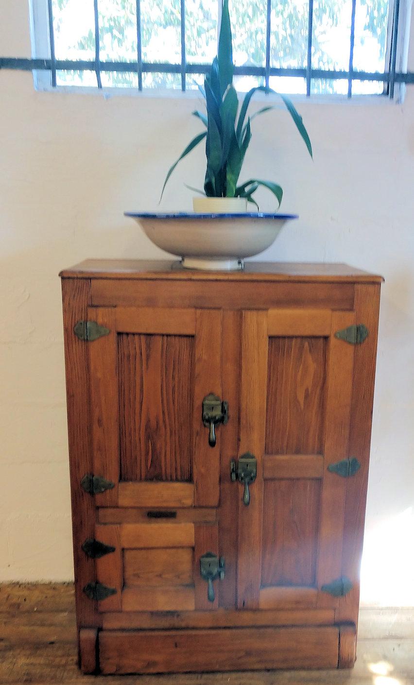 KT0028-Oak-Ice-Box-Cabinet