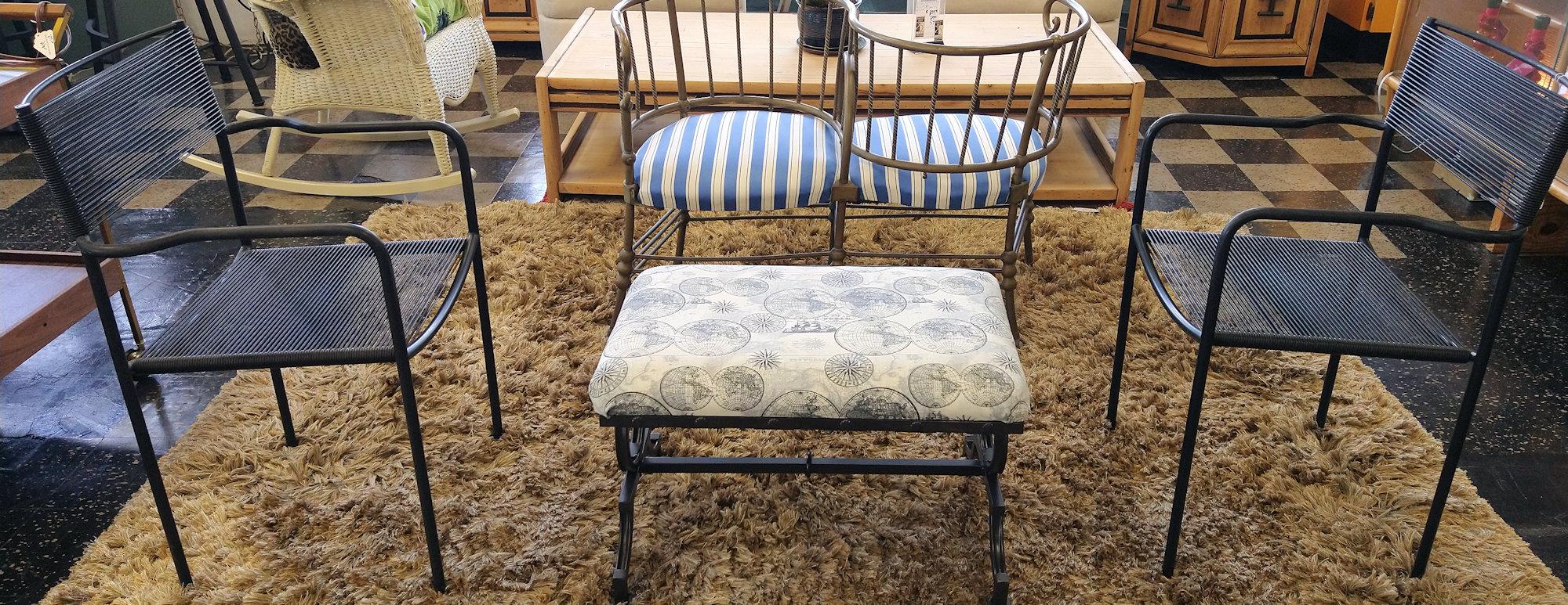 LA0073-Alias-Italy-pr-chairs