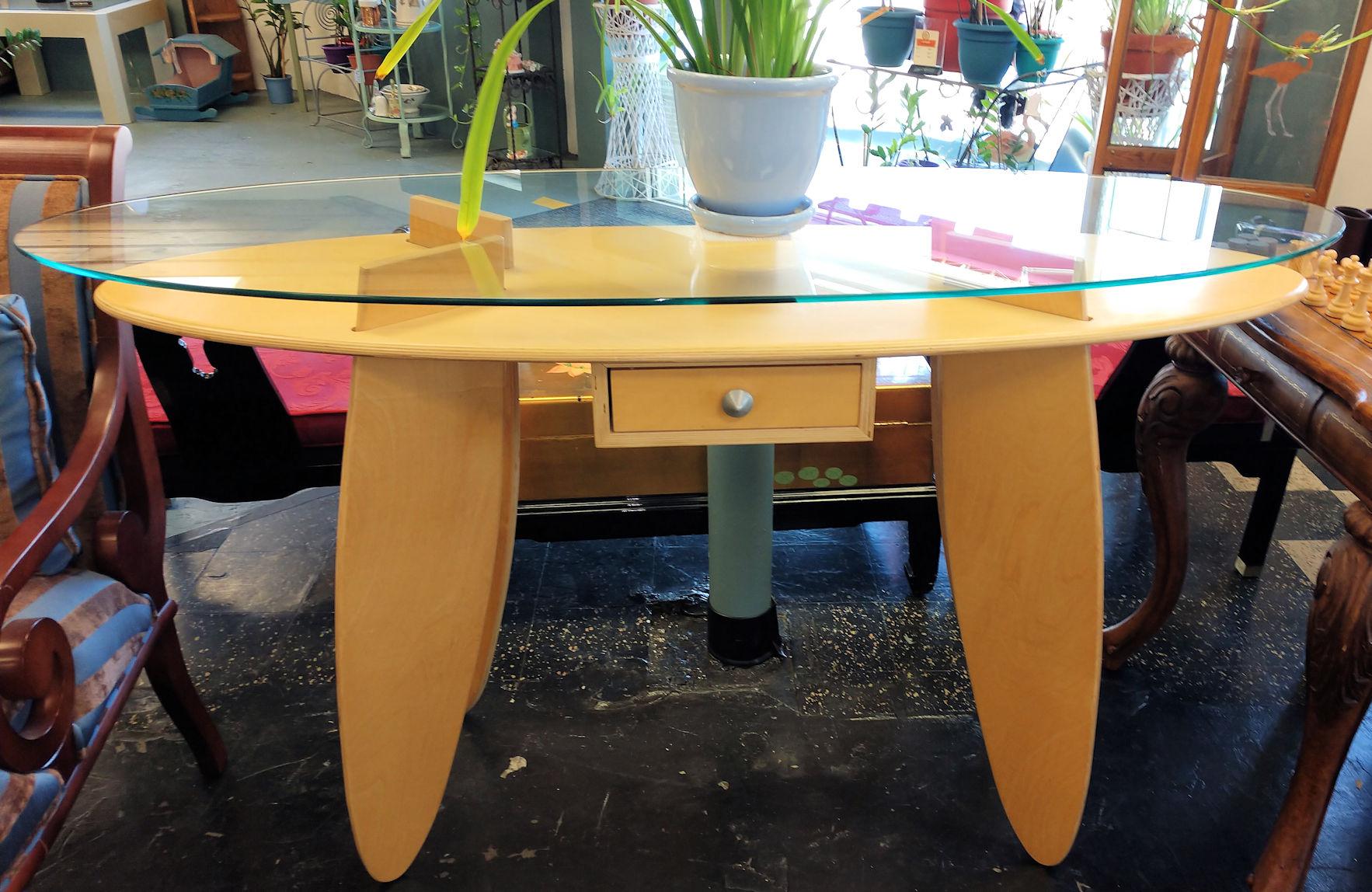 LR0126-Foyer-Table-Surfboardstyle