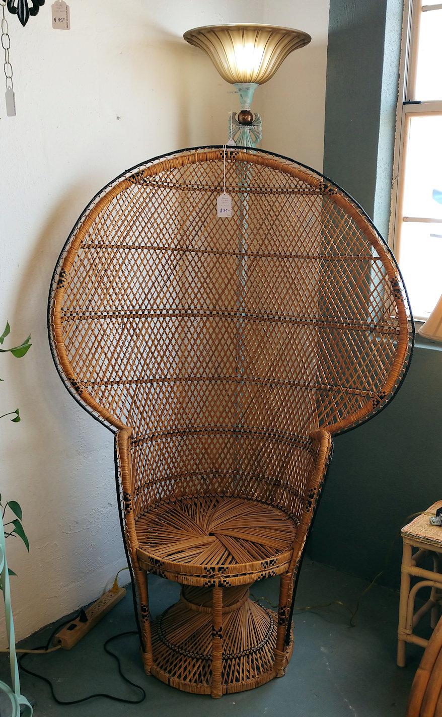 LR0220-Wicker-Queen-Chair