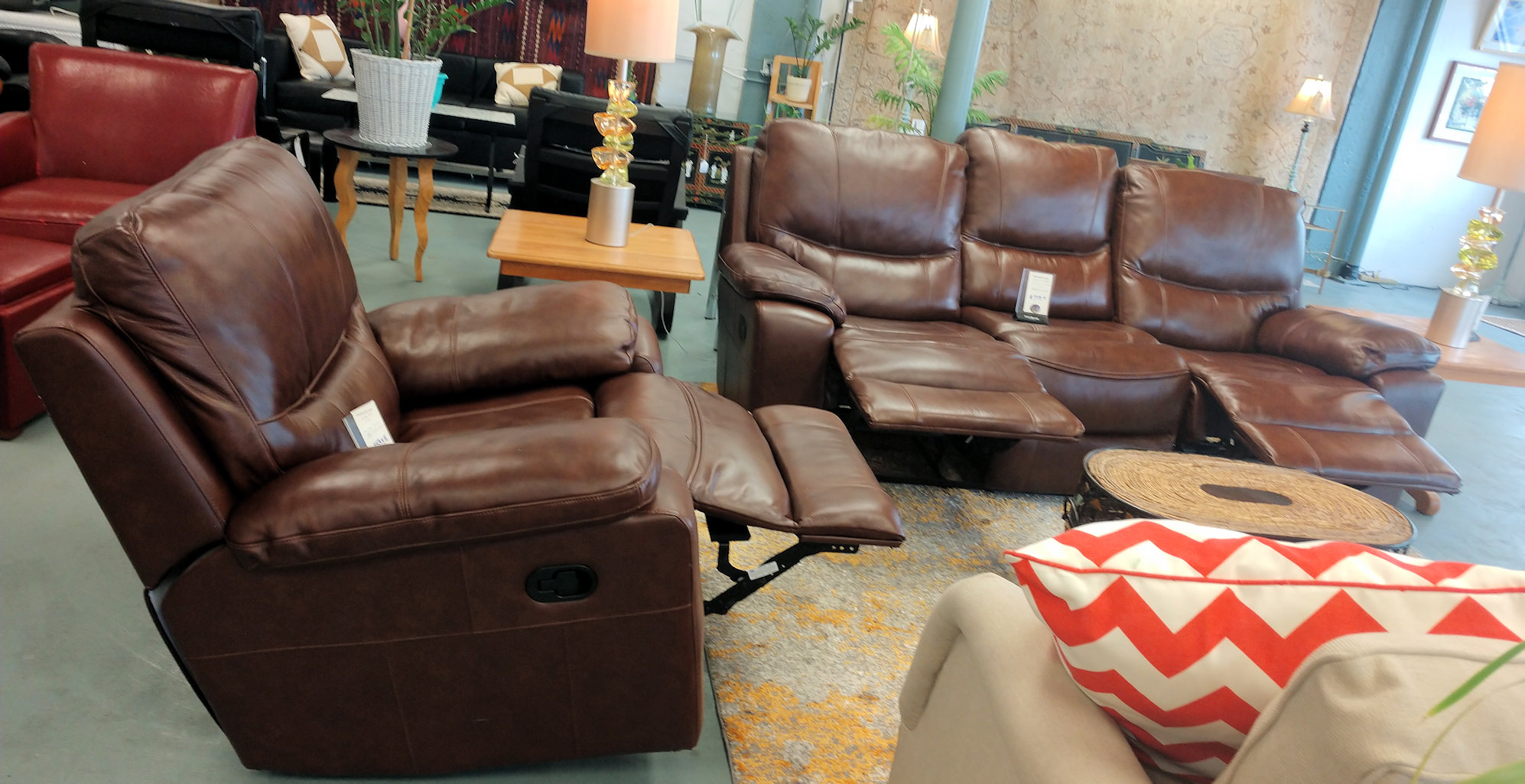 LR0231-Leather-dual-recliner-sofa