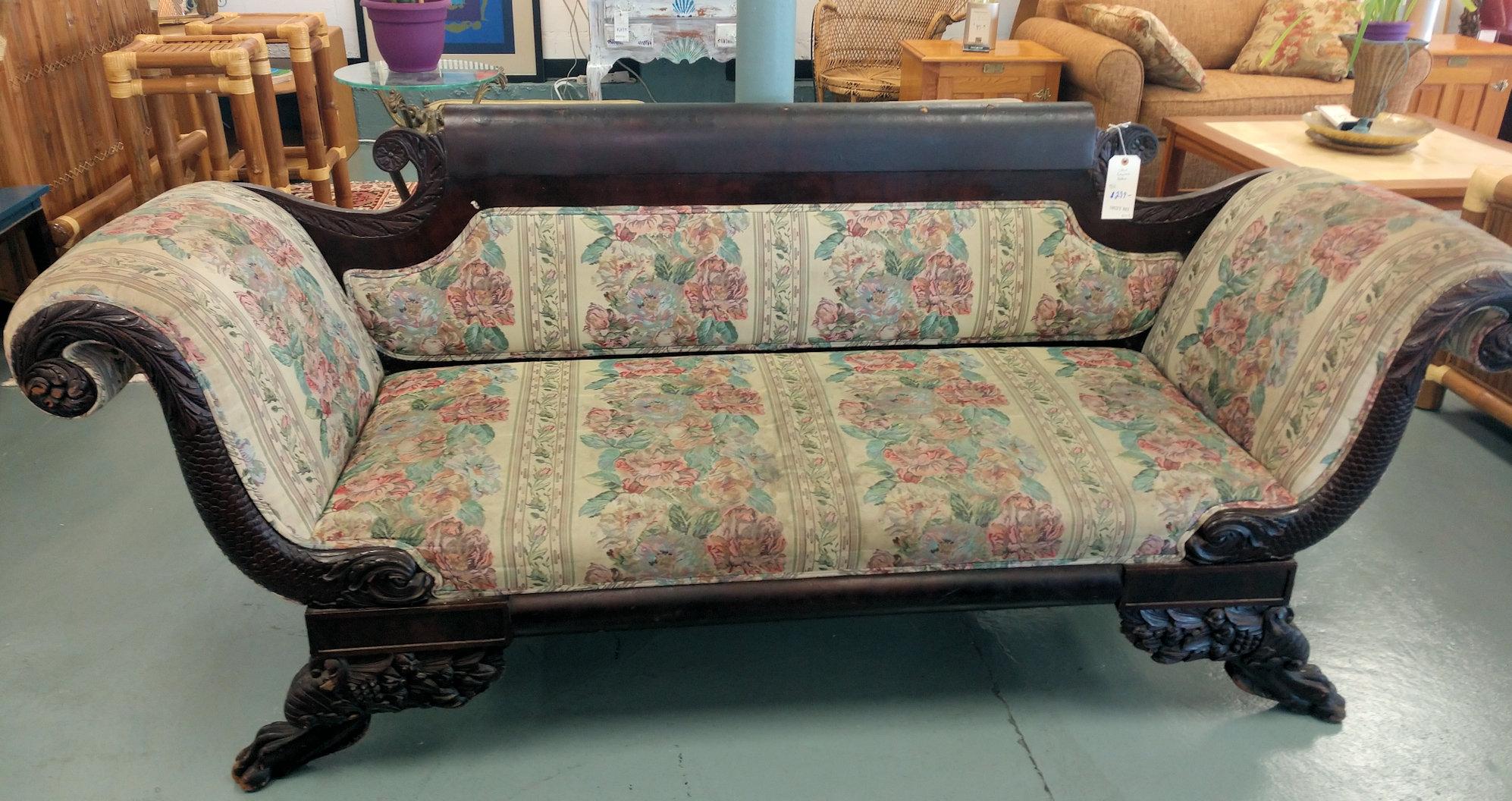 LR0240-Antique-Sofa