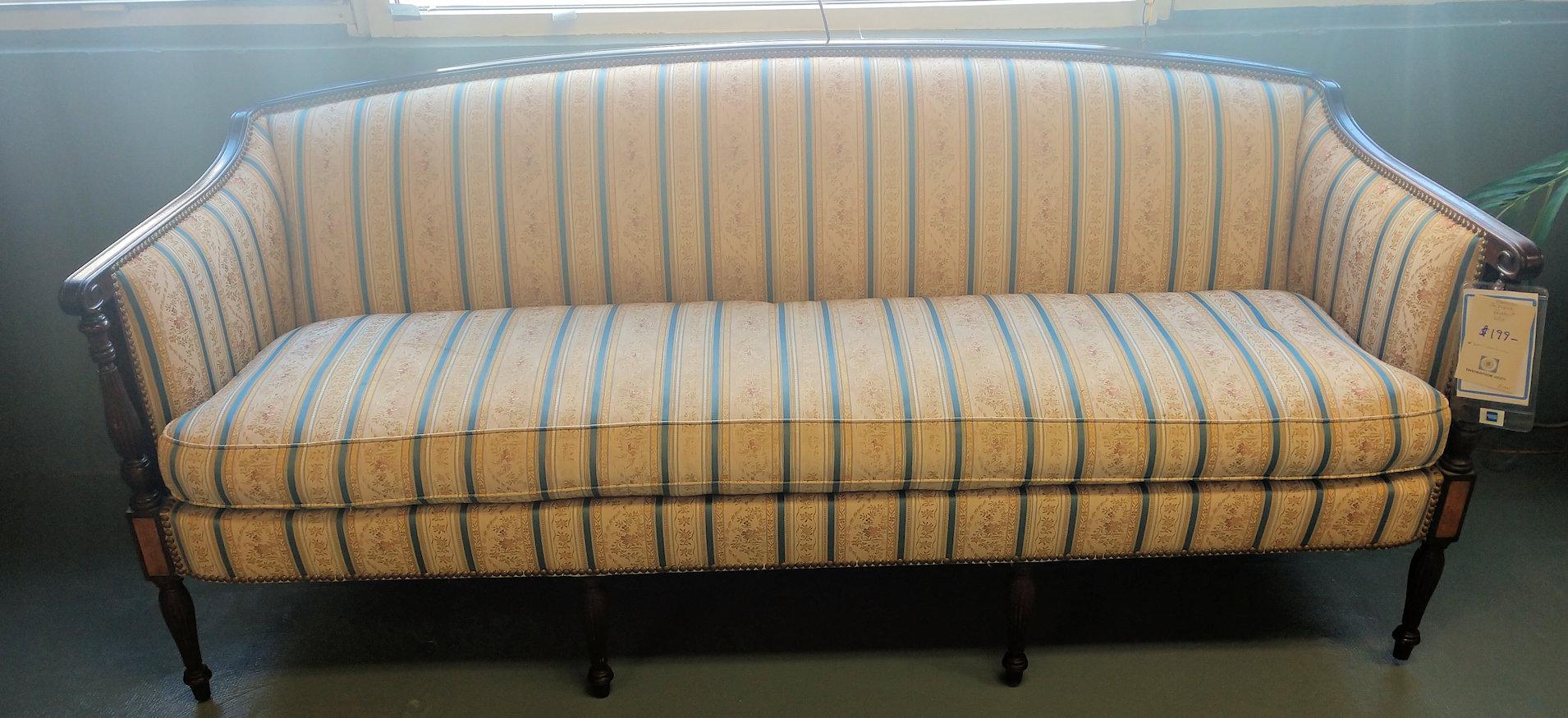 LR02410-Sheraton-Sofa