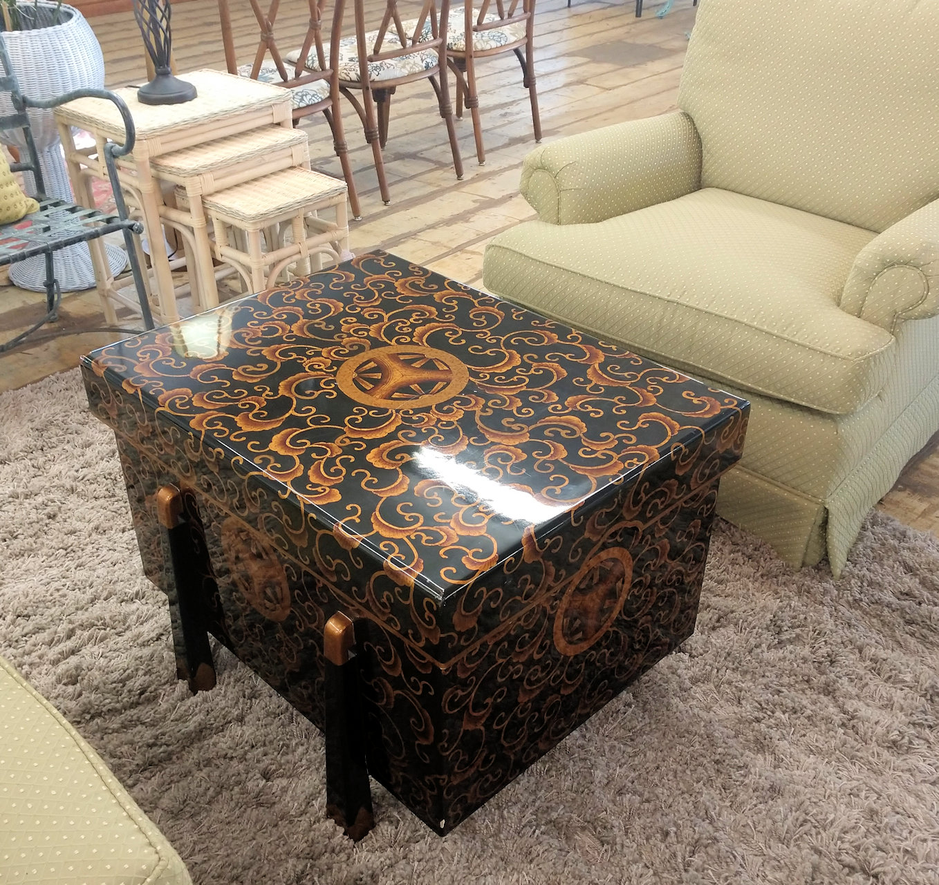 LR0270-Coffee-Table-Storage-Cabinet