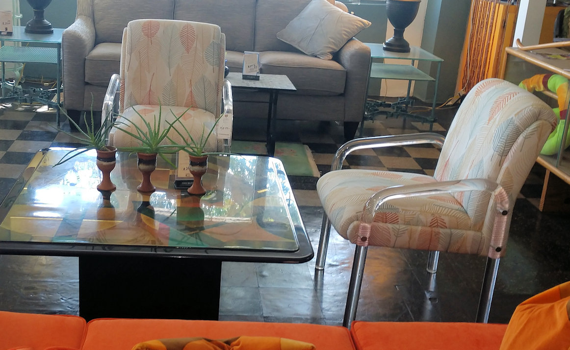 LR0271-Lucite-Chairs