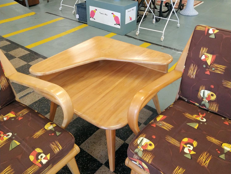 LR0321-HeywoodWakefield-corner-table