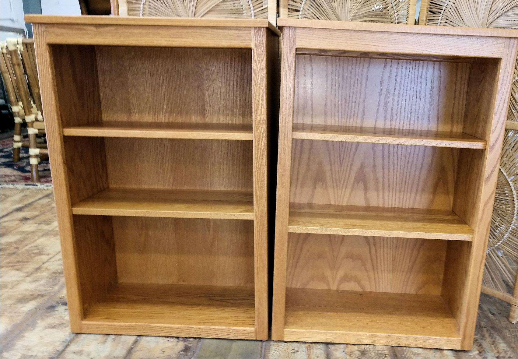 OF0011-Bookshelves-solid-oak
