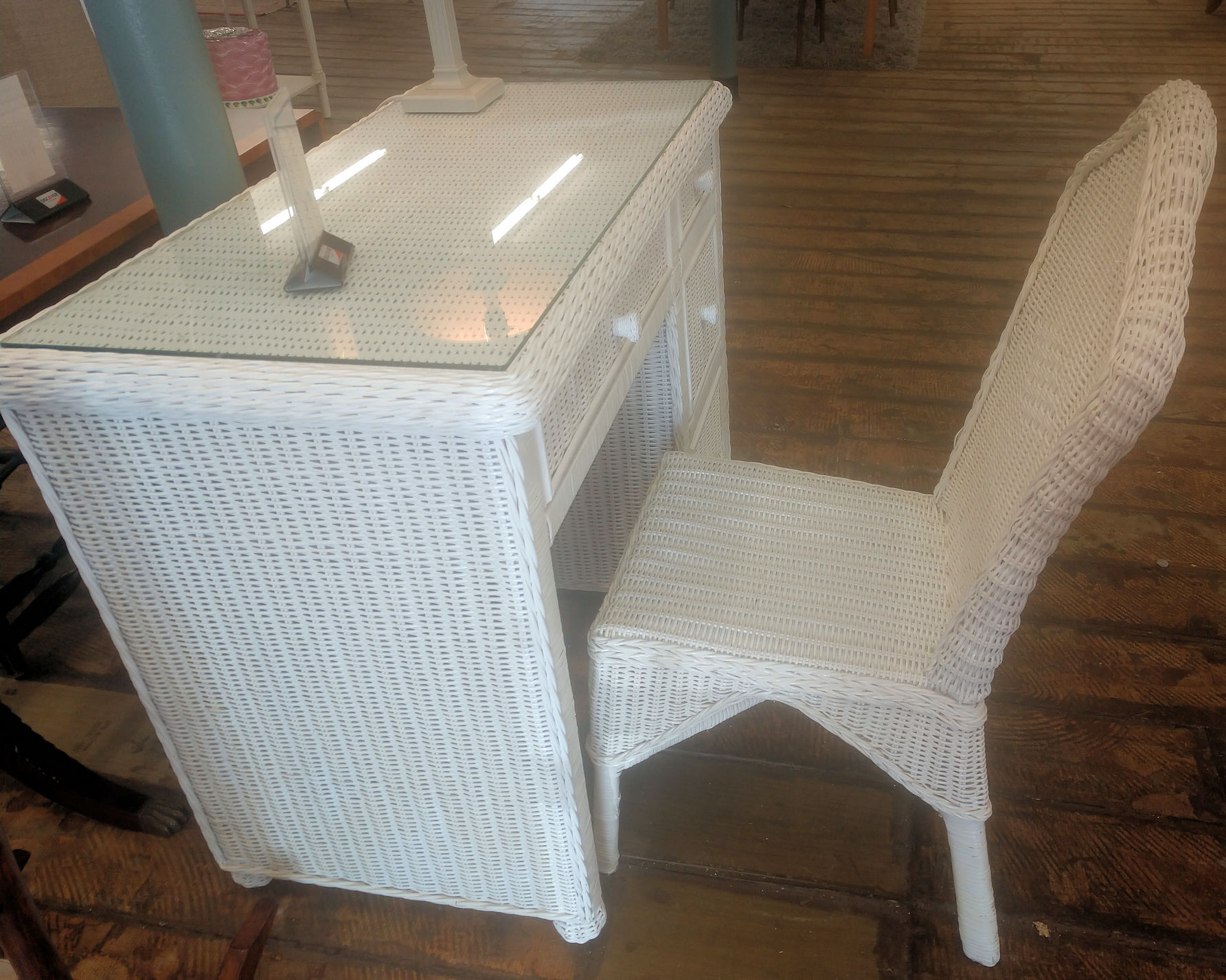 OF0023-White-Wicker-Desk-Chair